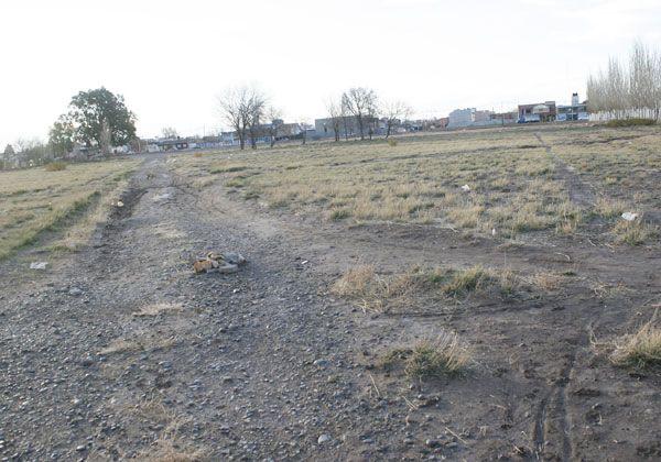 El municipio puso en venta las tierras de Alem y Kennedy