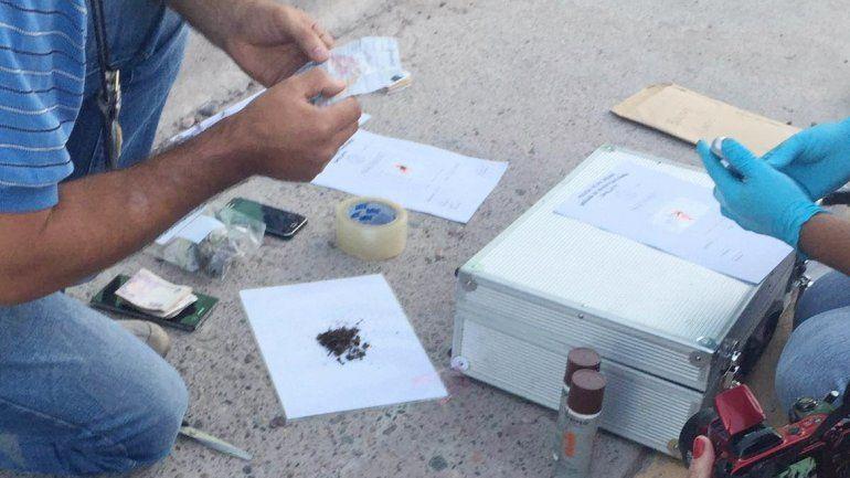 Detienen a ex presos chilenos con droga en la Caminera