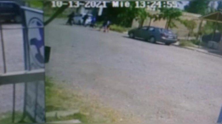 Video: dos motochorros armados le robaron a tres nenes de 12 años