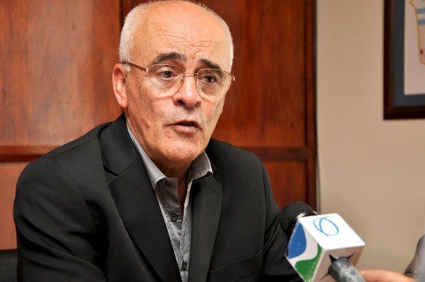 El Ministro de Hacienda se reunió con el bloque legislativo Redes