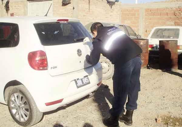Recuperaron auto robado en un asalto