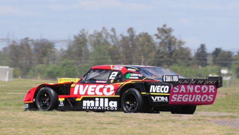 Urcera probó en La Plata antes de la doble fecha del TC