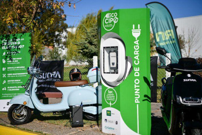 Cipolletti ya tiene un punto de carga para autos eléctricos