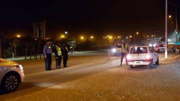 fiestas clandestinas: 11 presos y policias heridos