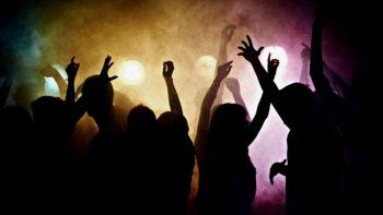 fernandez oro: hicieron una fiesta clandestina y los descubrio la policia