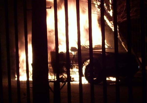 Se incendió el vehículo del Ministro Del Valle