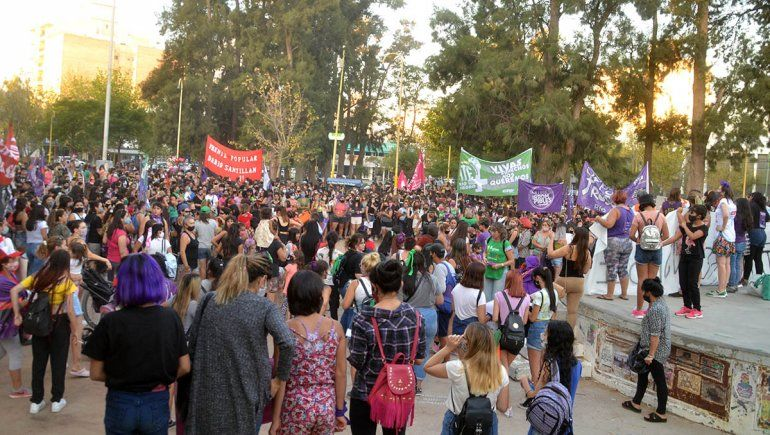 Mujeres cipoleñas marcharon por justicia e igualdad