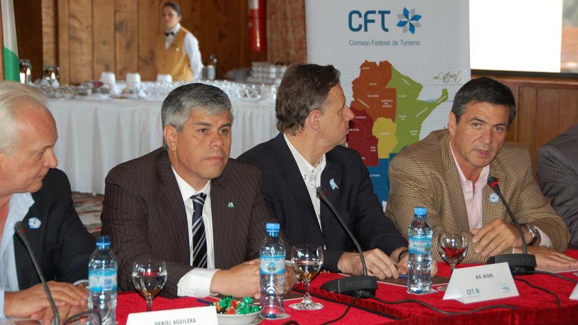 Peralta abrió las sesiones del Consejo Federal de Turismo en el Hotel Llao Llao