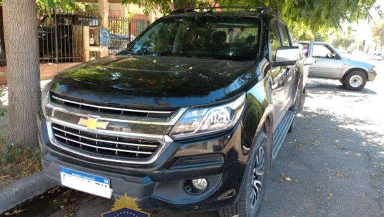 La camioneta había sido robada y utilizada luego para perpetrar varios otros ilícitos.