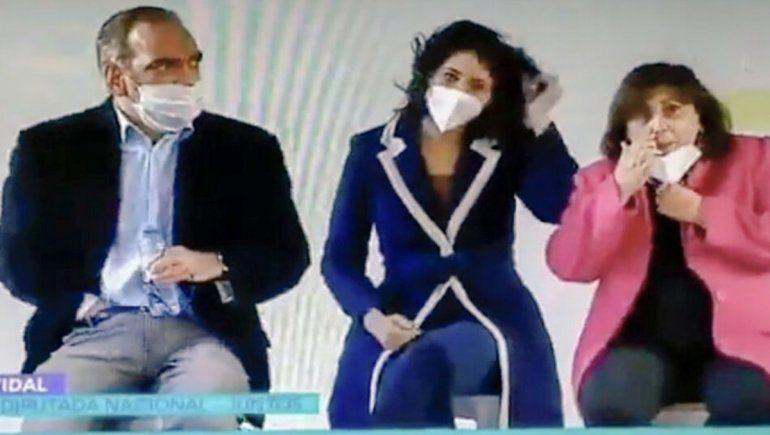 Los desagradables gestos de Fernando Iglesias y Oliveto en un acto de Vidal