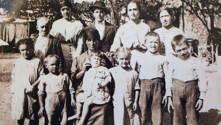 Catalina de Todero e hijos.