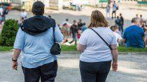 emiten certificados gratuitos para que la gente con obesidad pueda vacunarse