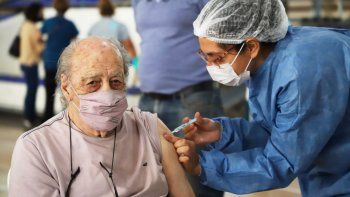 ibero: la prioridad sera vacunar a nuestros adultos mayores