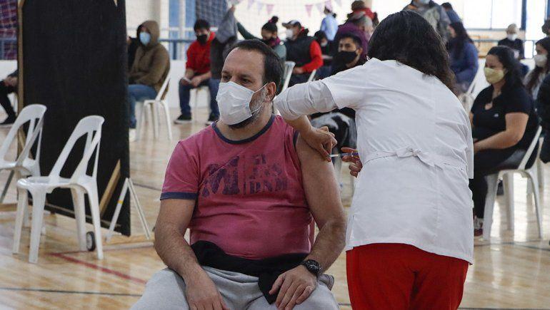 Llegaron otras 37.200 dosis contra el Covid-19 a Río Negro