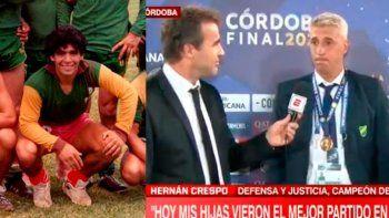 Diego con los colores del Halcón, fue en 1980 en un partido de una liga interlineas de colectivos. Y Crespo emocionado al recordarlo y hablar de sus hijas.