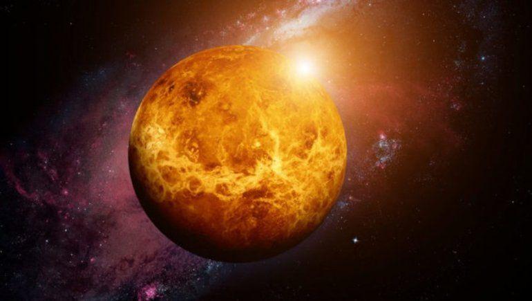 Científicos encuentran señales de vida en Venus