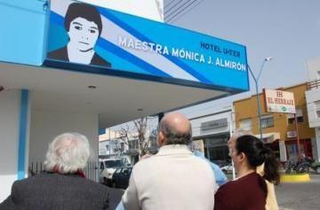 El Hotel de Unter de Roca se llama Maestra Mónica Almirón