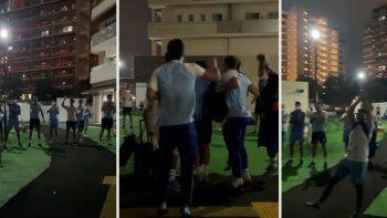 A puro festejo: así recibieron a Los Pumas en la Villa Olímpica