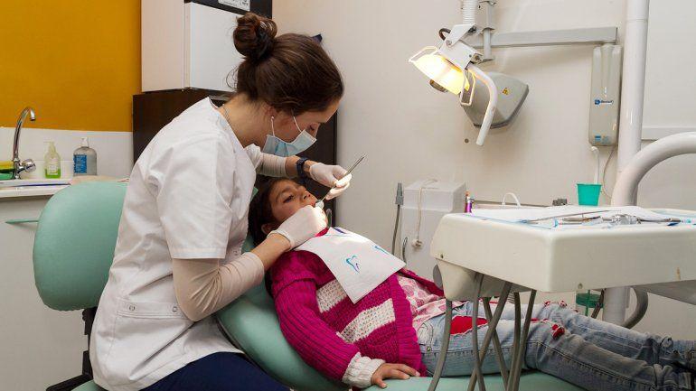 En el Mapu hay un consultorio de odontología que hace controles y seguimiento a todos los estudiantes.