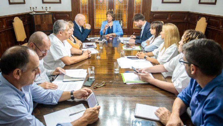Coronavirus: por decreto, proponen suspender actos masivos en Río Negro
