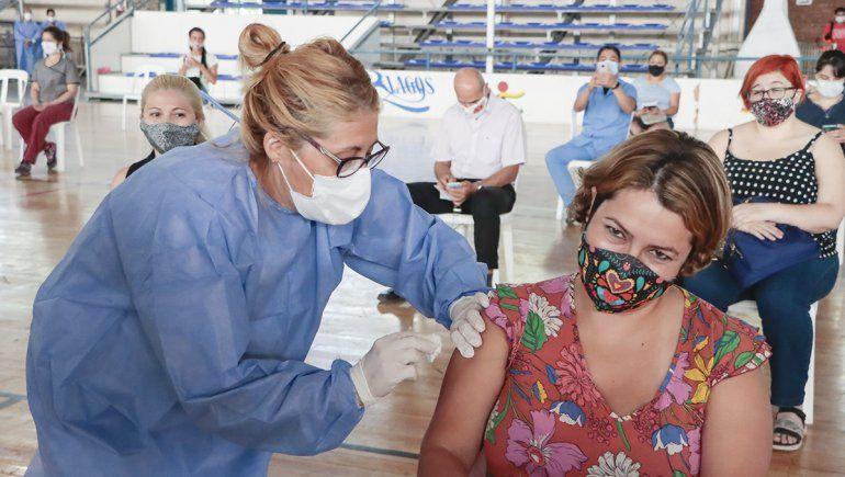 El jueves arranca la vacunación a mayores de 80 en Cipolletti