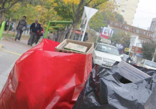Malestar de vecinos por retraso  en la recolección de residuos