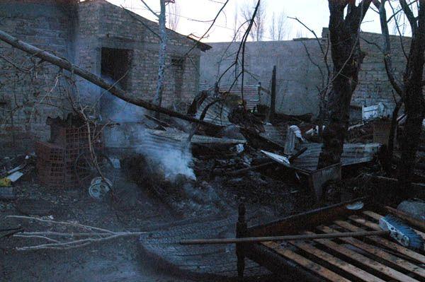 Incendio en Puente 83 provocó pérdidas materiales en tres viviendas