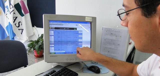 Registro de firma y el código de identificación de monitoreadores
