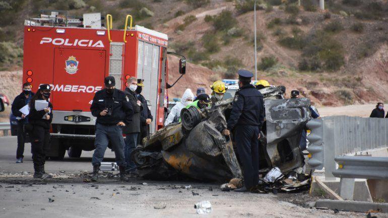 Fatal vuelco e incendio en el puente sobre Ruta 7