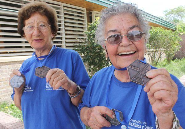 Abuelas cipoleñas fueron bronce en los Juegos Evita