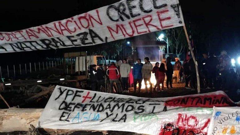 Mapuches bloquean cuatro yacimientos de Vaca Muerta
