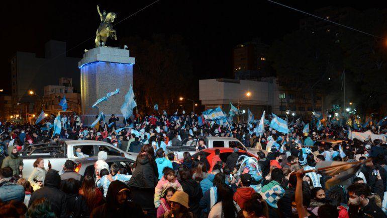 En fotos y videos, así se vivieron los festejos en Neuquén