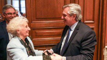 El Presidente felicitó a Carlotto por sus 90 años: Enorgullece a todos con su ejemplo