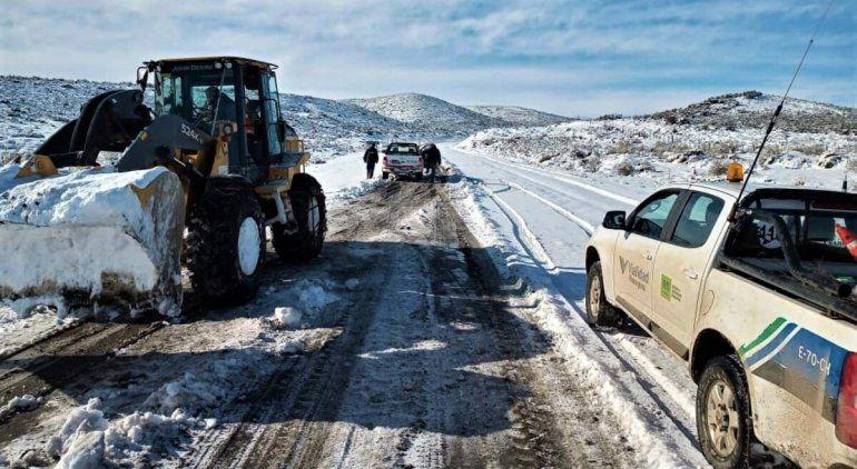 Vialidad despejó más de mil kilómetros de rutas en Río Negro