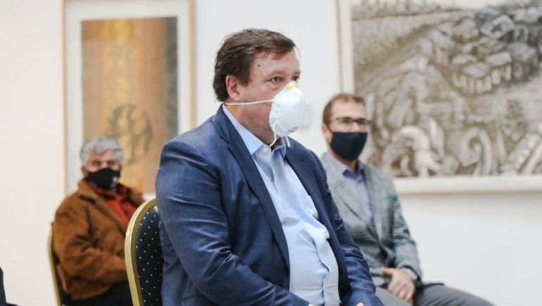 Weretilneck apuntó al AMBA por los fondos federales