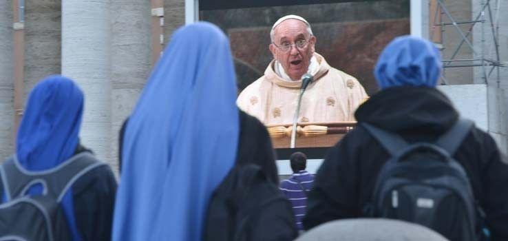 El Papa Francisco ofició su primera misa con cardenales