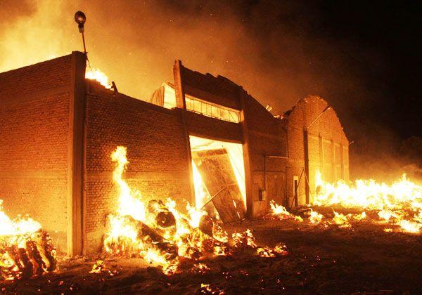 Voraz incendio en galpón de Allen