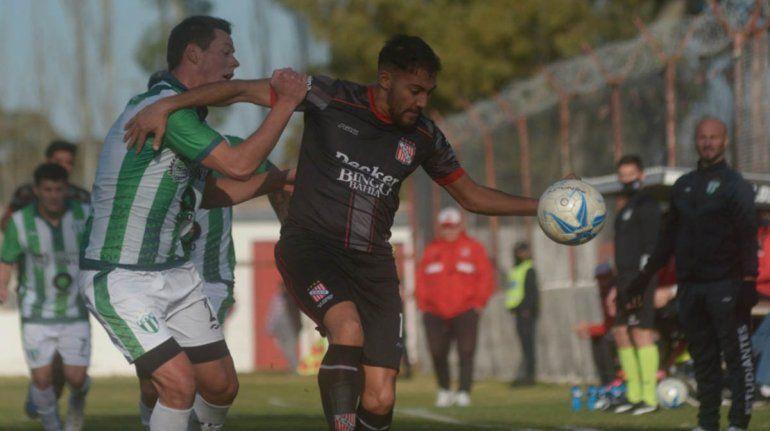 Sansinea versus Estudiantes de San Luis. Foto La Nueva Provincia.