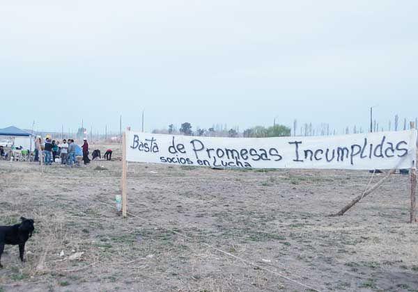Intentarían recuperar sus tierras