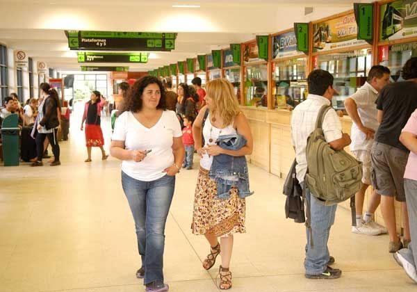 Medido recambio vacacional en la Terminal local