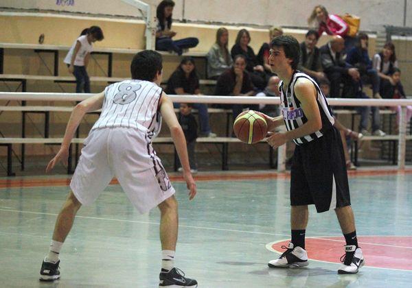 Pico FCB logró el pase en el Regional U17