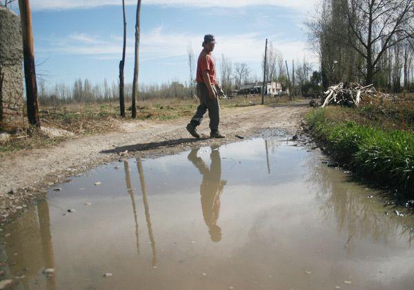 Multan a Aguas Rionegrinas por aguas servidas
