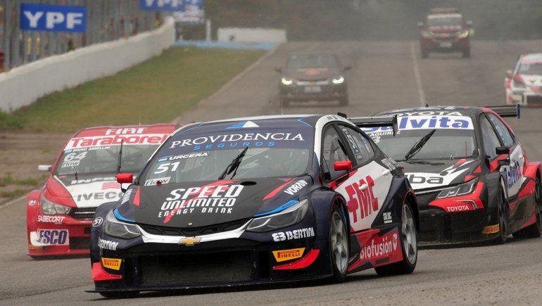 Urcera avanzó siete posiciones en la final del Súper TC2000