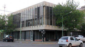La jueza de Familia, Marissa Palacios, resolvió que el acusado realice trabajos comunitarios en un comedor de un barrio humilde de la ciudad.