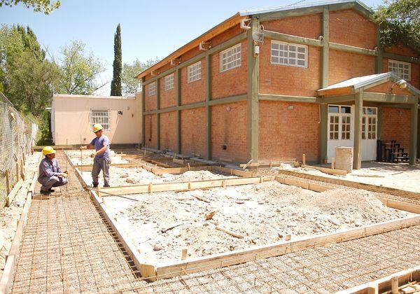 Refaccionan escuelas y construyen nuevas aulas de cara al ciclo lectivo 2013