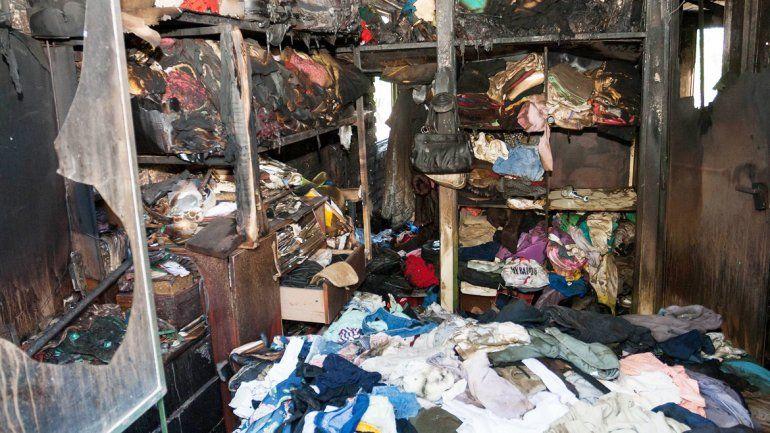 El fuego dañó todos los bienes y también parte de la estructura de la casa.