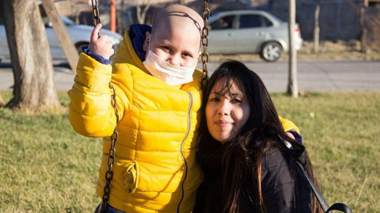 Ciro y su familia piden ayuda para encontrar una casa