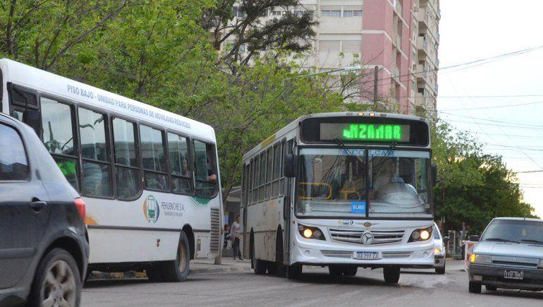 Peligra el servicio de colectivos urbanos en Cipolletti
