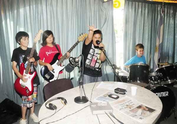 Rock Dinamita conquista los escenarios de la región