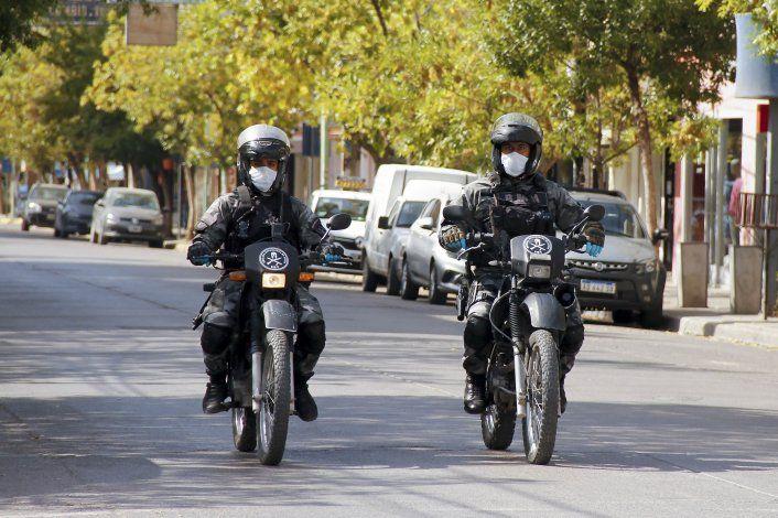 Atraparon a un adolescente conduciendo una moto robada